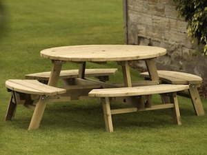Picnic Tables & Benches